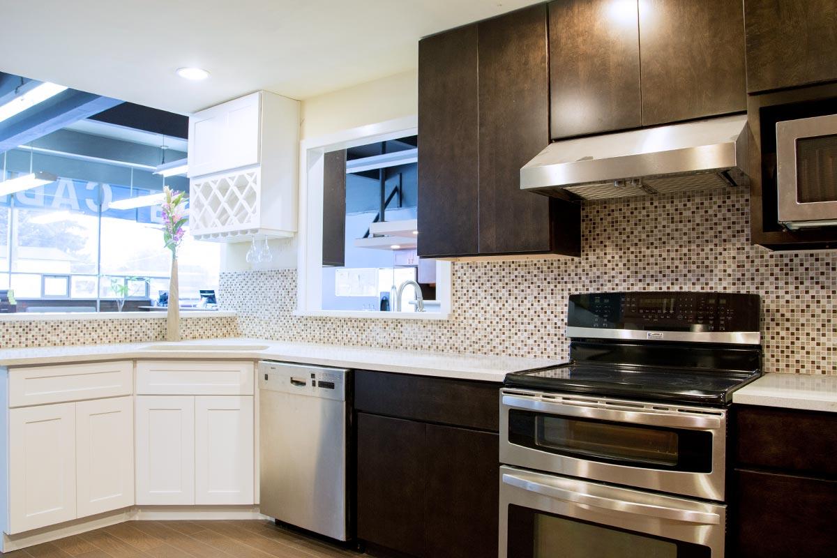 bellevue-cabinets-expresso-white