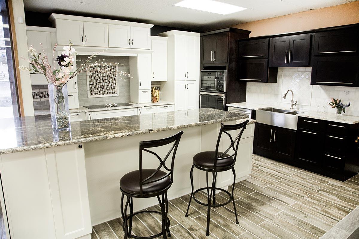 bellevue-kitchen-cabinets-black-white