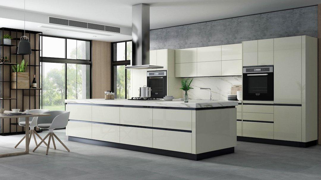Vanilla Kitchen Remodel Cabinets 2