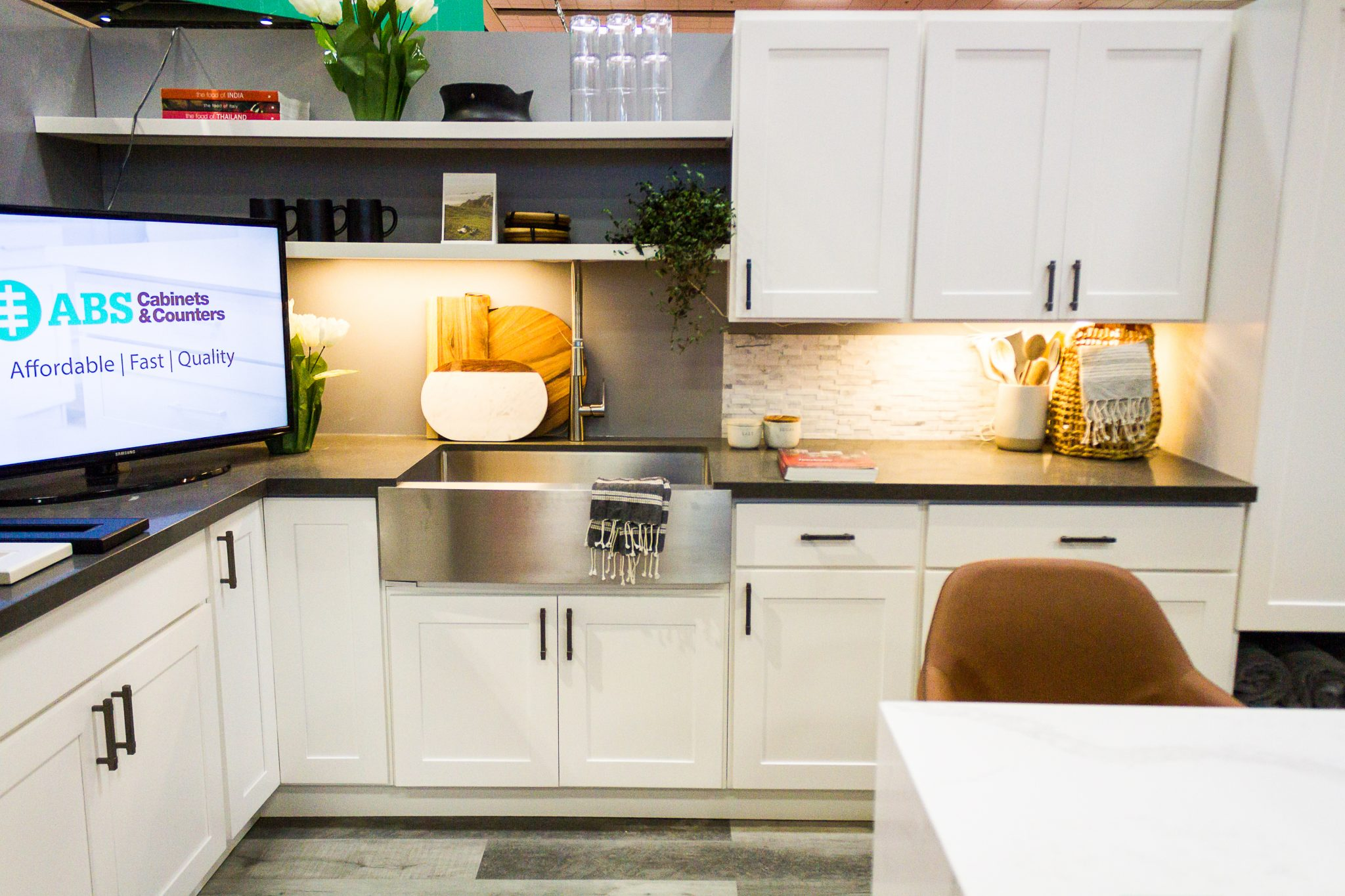 Staging the kitchen